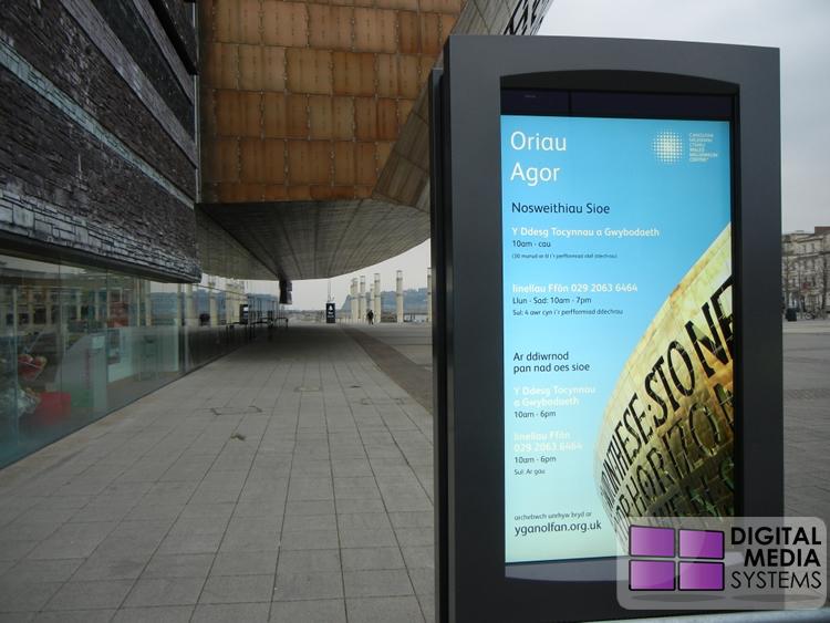 Wales Millennium Centre Outdoor Digital Displays