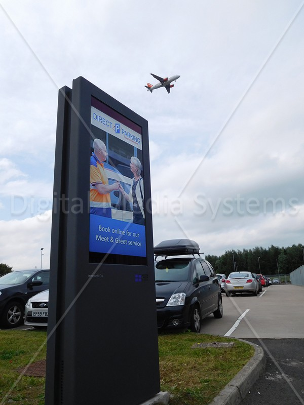 Outdoor displays – Offsite parking Glasgow Airport