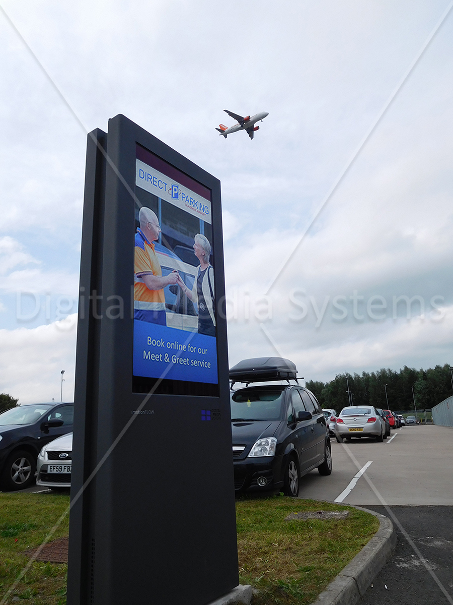Outdoor Display Screens Glasgow Airport Totems Displays