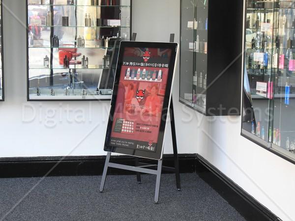 Vape shop using a Digital Display Easel